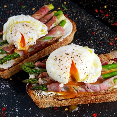 Smokehouse Eggs Benedict with Grilled Asparagus